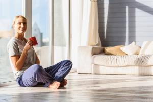Haal de zomerse sfeer in huis met deze tips