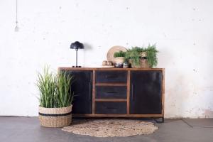Industrieel-dressoir-hout