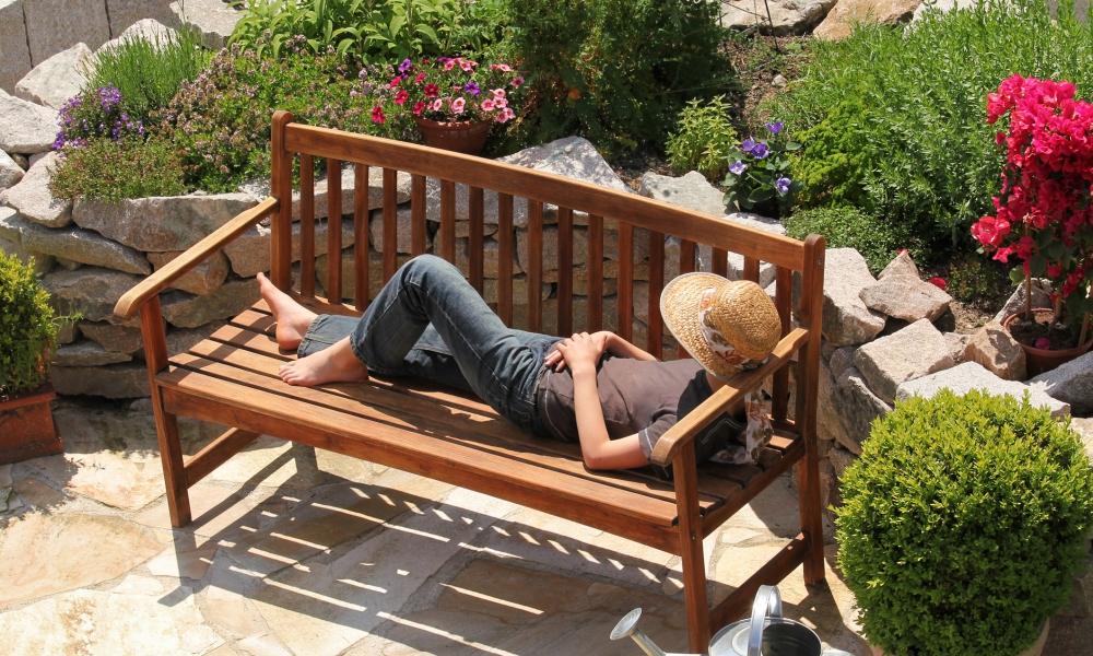 tuinmeubelen onderhouden