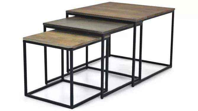 set met kleinere tafeltjes